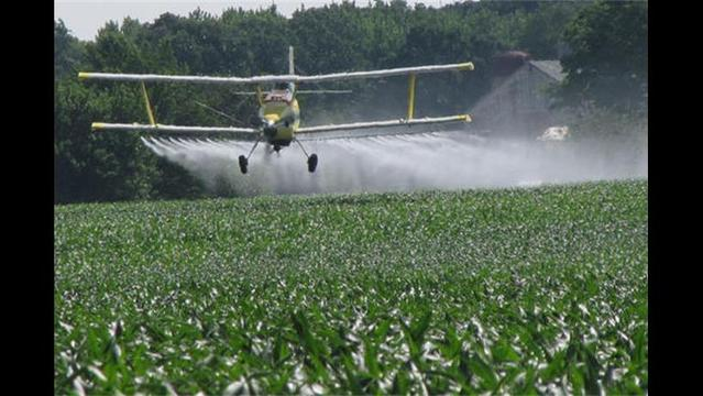 Olney Rancher Shoots at Crop Dusting Plane