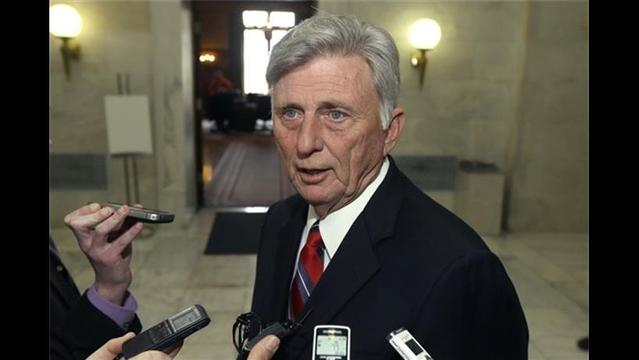 Ban on Abortions after 12 Weeks Vetoed by Arkansas Gov.