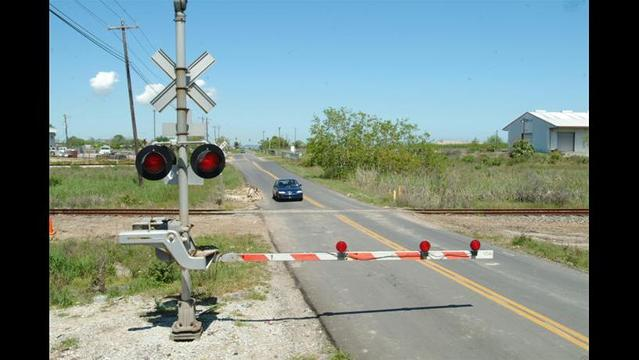 Railroad Crossing to be Fixed in Electra