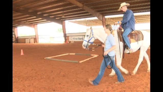 Wounded Soldiers Get Treatment at Whispers of Hope Horse Farm