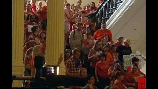 Controversial Abortion Restrictions Get Premlinary Approval in Texas House
