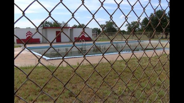 Olney Residents Hope to Raise Money to Open City Pool