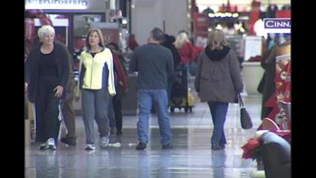 Subdued Mood for Last-Minute Holiday Shoppers