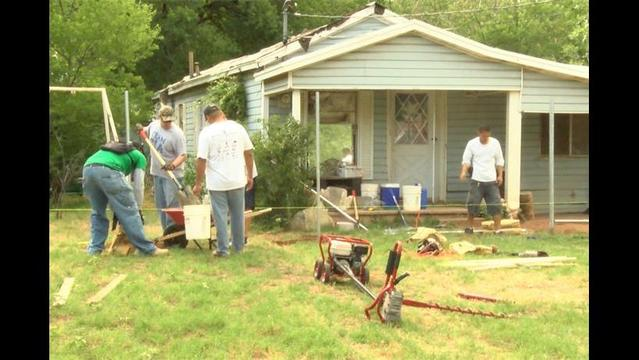 Chain Off Builds First Fence to Comply with New City Ordinance