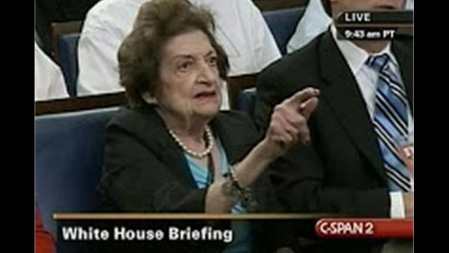 Longtime White House Journalist Helen Thomas Dead at 92