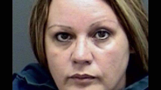 Former 7-11 Employee Charged with Embezzlement