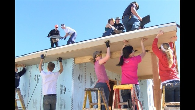 Out-of-State Spring Breakers Build Wichita Falls Habitat Homes