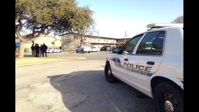 Suspect in Custody after Police Standoff on 10th Street
