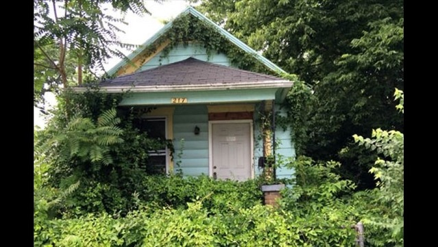 Boy Finds Mummified Body While Exploring Abandoned House